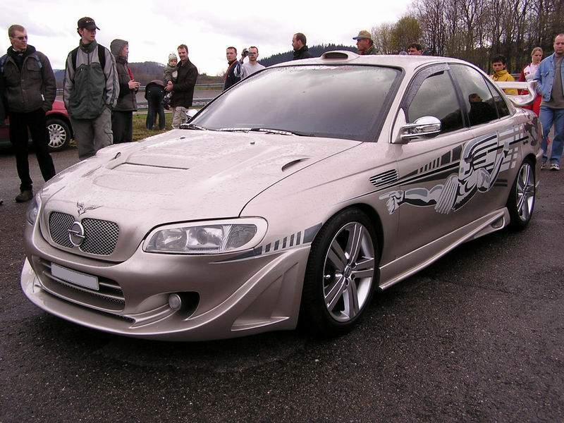 Opel Omega - PicsAnt