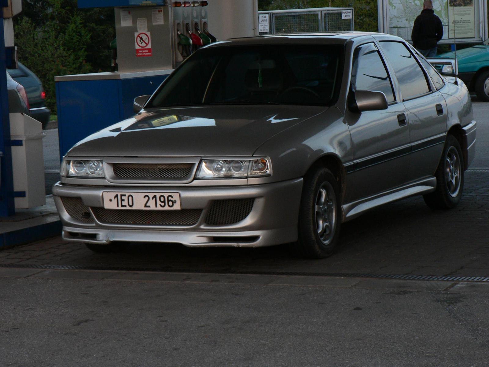 Car detail - Opel Vectra A 1.6